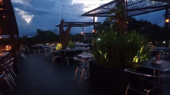 Suasana Lantai 3 Nineteen Cafe di Jalan Tebaununggu II, Kelurahan Korumba, Kecamatan Mandonga, Kota Kendari, Sulawesi Tenggara, Senin (13/9/2021)