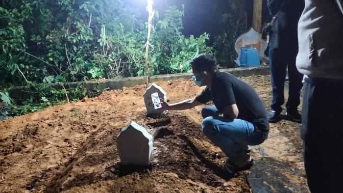 Suasana Makam Agista Ariany Istri Gubernur Sultra Ali Mazi, Dimakamkan Samping Ibu di TPU Punggolaka