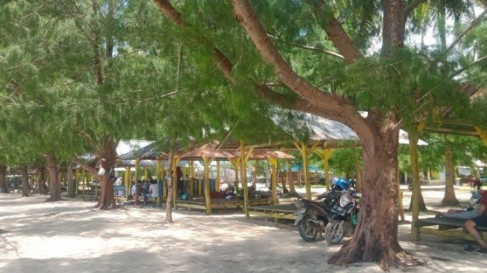 Suguhkan Suasana Pasir Putih dan Cemara, Pantai Toronipa Konawe Ramai Dikunjungi di Akhir Pekan