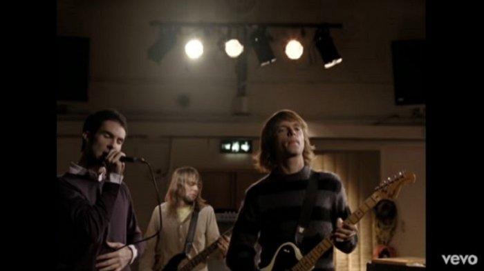 Lirik Lagu Sunday Morning - Maroon 5, Single Album Songs About Jane Lengkap Terjemahan Indonesia
