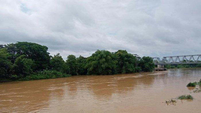 Selidiki Pencemaran Sungai Bengawan Solo, Polda Jateng Curigai Satu Pelaku