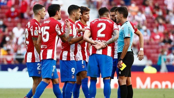 Tonton live streaming Atletico Madrid vs Barcelona, simak head to head dan susunan pemain.