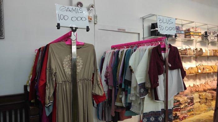 Toko Ayu Sentral Kebaya Kendari Beri Potongan Harga Mulai Rp20 Ribu untuk Setiap Pembelian Pakaian