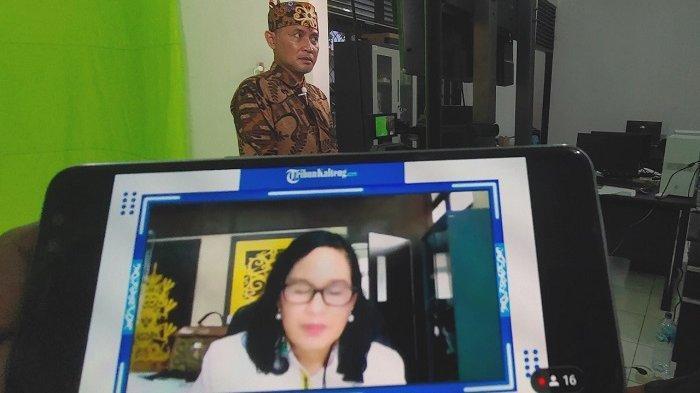 Webinar TribunKalteng.com yang dipandu oleh Direktur Pemberitaan Tribun Network Febby Mahendra Putra, Senin (27/9/2021). Sejumlah pembicara utama hadir dalam webinar.