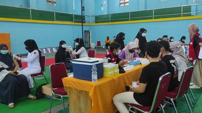 Kampus UHO dan Korem 143/Halu Oleo Bantu Vaksinasi Dosen, Target 750 Peserta