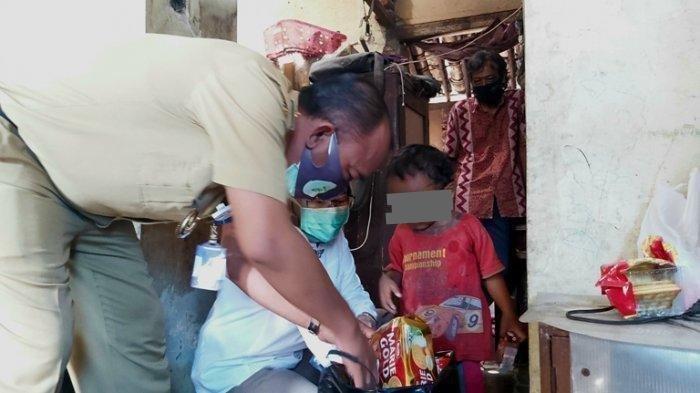 Balita Suka Makan Tanah dan Pecahan Tembok, Ayah Ibu Tak Sanggup Beli Jajan, Makan 2 Kali Sehari