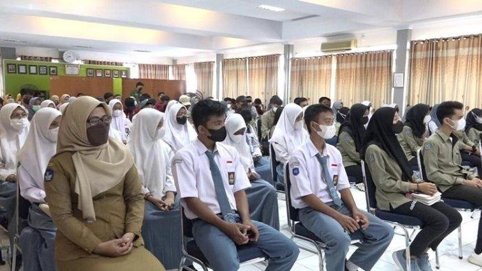 Disdalduk dan KB Kota Kendari Libatkan Generasi Muda Workshop Pengurus PIK-R SMA/SMK