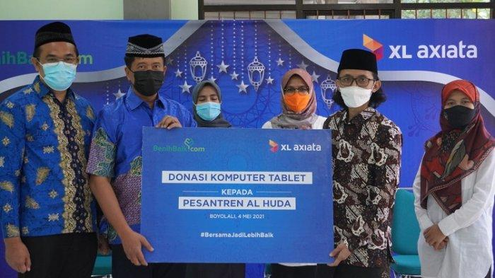 Donasikan 100 Unit Laptop & Sarana Akses Internet, XL Axiata Salurkan kepada 12 Pondok Pesantren Ini