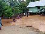 banjir-melanda-desa-mambo-setinggi-1-meter.jpg