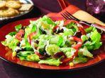ilustrasi-salad-sayur-daftar-makanan-minuman-isoman.jpg