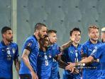 italia-selebrasi-setelah-gol.jpg