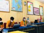 mahasiswa-kkn-tematik-fkip-uho-pendampingan-guru-menggunakan-aplikasi-zoom-dan-google-meet.jpg