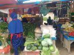pedagang-di-pasar-anduonohu-kendari.jpg
