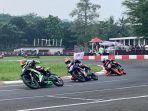 pembalap-kkp-asr-racing-team-kendari-m-faerozi-menjadi-juara-pertama-kelas-oneprix-1.jpg