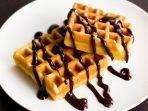 resep-waffle-saus-cokelat.jpg