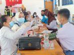 vaksinasi-kedua-di-sma-negeri-1-unaaha-kabupaten-konawe-sulawesi-tenggara.jpg