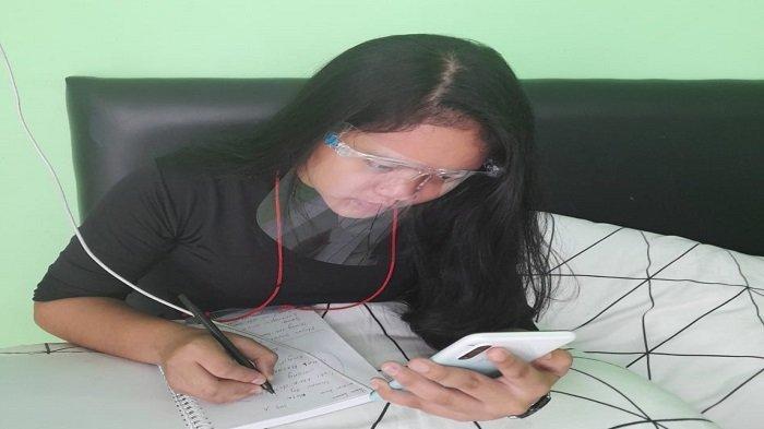 Giat Berlatih Vokal Demi Penampilan Malam Ini, Alisyah LIDA 2021 Sempatkan Ujian Sekolah