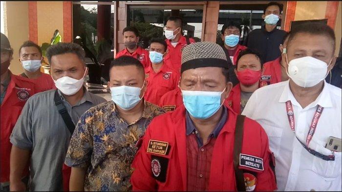 Beri Dukungan ke Korban Penganiayaan, Puluhan Pemuda Batak Bersatu Datangi Polrestabes Palembang