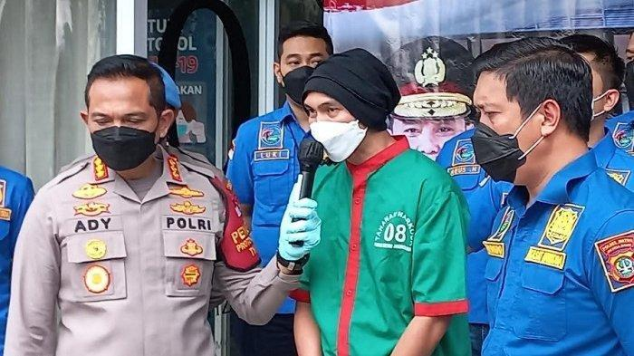 Jalani Sidang Perdana, Anji Manji Diancam Hukuman 12 Tahun Penjara