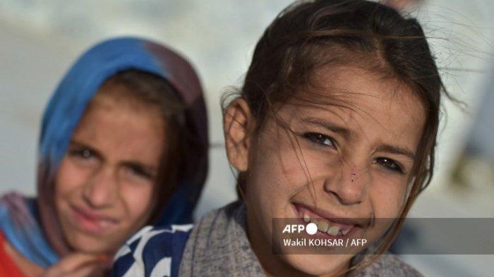 Sejumlah Gadis di Bawah Umur Dinikahkan dengan Pria Paruh Baya Demi Imbalan Ternak atau Senjata