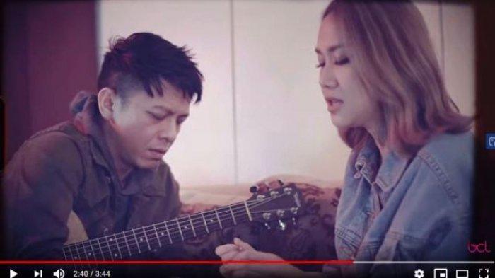 Kunci Gitar (Chord) Lagu Menghapus Jejakmu - Ariel feat BCL, Lengkap Lirik Lagu dan Video Klipnya