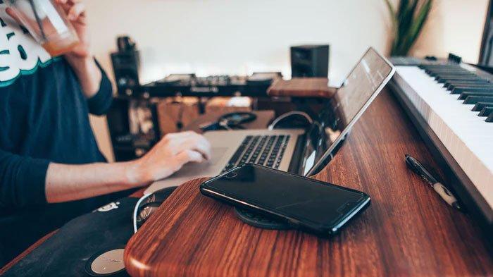 Lowongan Bekerja dari Rumah atau Freelance Beserta Kisaran Gajinya, Bisa Dilakukan Lulusan SMA