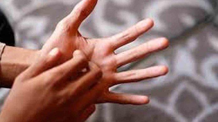 Arti Telapak Tangan Gatal Kanan dan Kiri Pertanda Dapat Rezeki? Ini penjelasannya