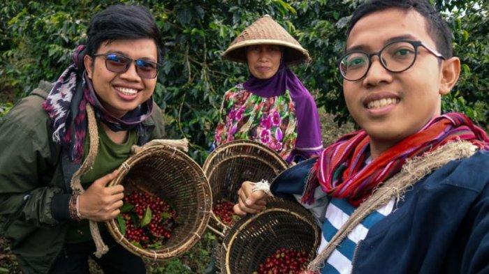 Luncurkan Konsep Sociopreneurship, Apit Jurai Bantu Kesejahteraan Petani Kopi Semende