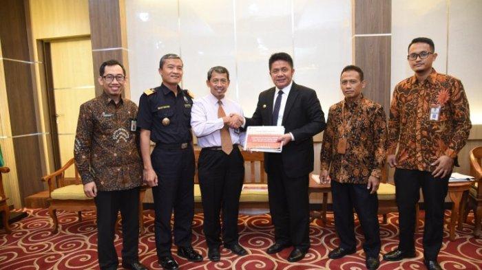 Gubernur HD Tugaskan Staf Khusus Rajin Jemput Bola ke Kemenkeu