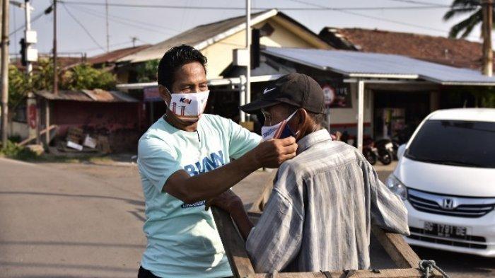 Lagi, Lawang Kidul Dibagi Masker Gratis - bagi-masker3.jpg