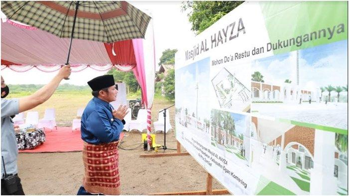 Keluarga Besar Herman Deru dan Kakak-Adik Bangun Masjid Al Hayza, Bukti Cinta Anak pada Orangtua