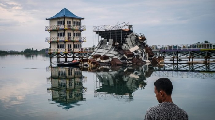 Dihantam Puting Beliung, Sejumlah Venue Porak Poranda, JSC Tutup Sementara