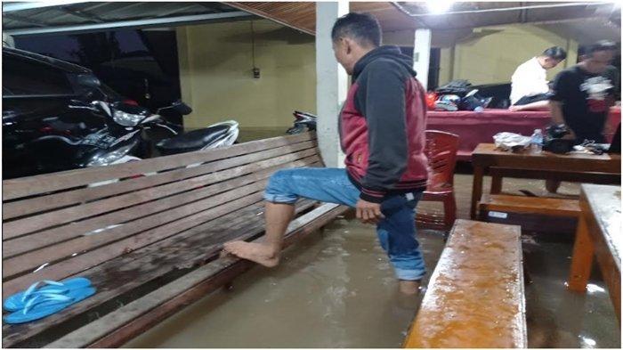 Diguyur Hujan Lebih Dari 3 jam, Kota Palembang Kembali Banjir