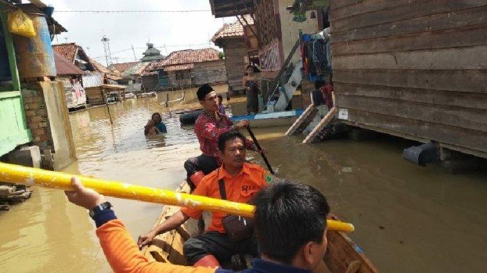 Cerita Korban Banjir di PALI, Gelar Hajatan Numpang Tempat Keluarga