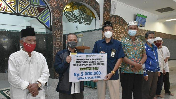 Pusri Bantu Operasional Masjid Saat Pandemi