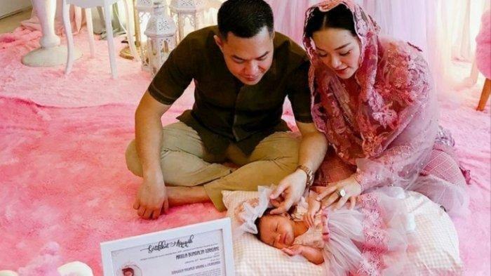 Wajah Bayi Zaskia Gotik & Sirajuddin Mahmud Tekuak, Kecantikan Arsila Tuai Pujian, Lihat Fotonya
