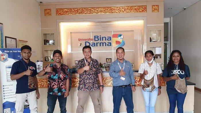 Lewat Beasiswa ADik, Pemuda Papua Bangga Bisa Kuliah di Bina Darma