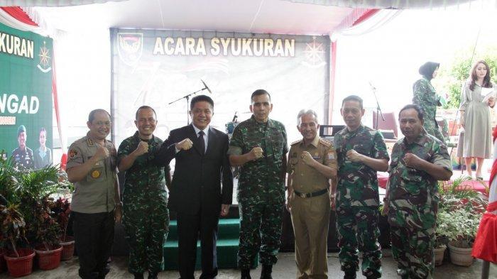 Gubernur Sumsel Herman Deru Umrohkan Dua Prajurit Bekang Kondam II Sriwijaya yang Berprestasi