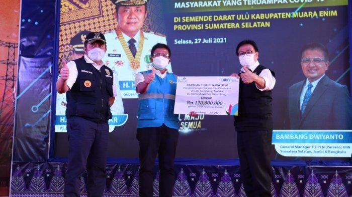 PLN Resmikan 7 Lokasi Listrik Desa Sumatera Selatan dan Serahkan Bantuan Tanggung Jawab Sosial