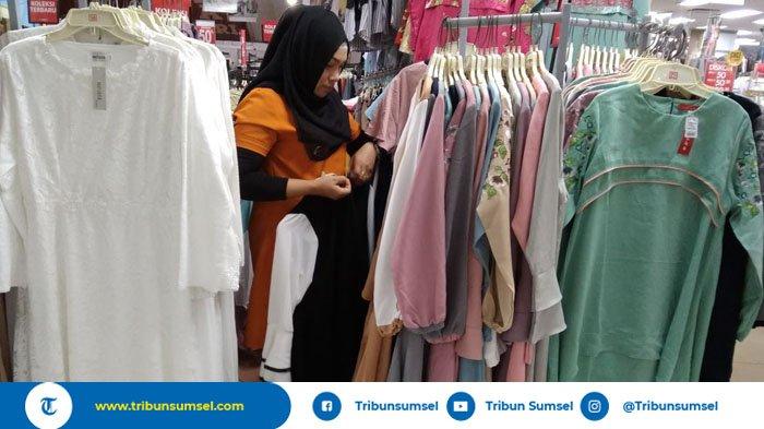 Departement Store di Palembang Ini Berikan Diskon Gila-Gilaan