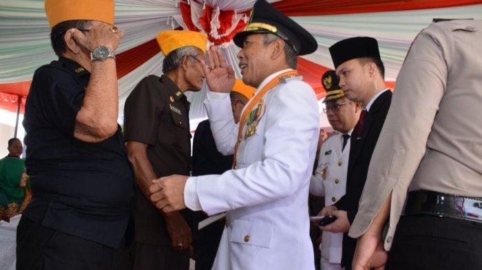 Bupati OKI Iskandar SE Ajak Isi Kemerdekaan dengan Tingkatkan Pelayanan ke Masyarakat