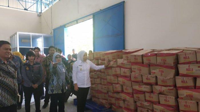 Operasi Pasar di Palembang : Tiap Warga Dijatah Beli 1/2 Kg Gula Pasir