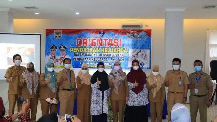 Kepala DPPKB Buka Kegiatan Orientasi Kader Pendataan