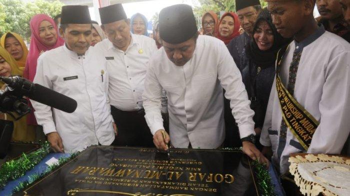 Gubernur Herman Deru Tantang Siswa SMK Negeri 2 Palembang Terus Keluarkan Inovasi