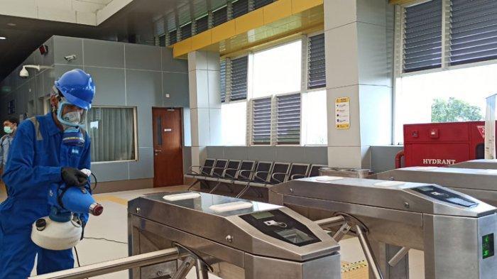 Seluruh Stasiun LRT Sumsel Disemprot Desinfektan