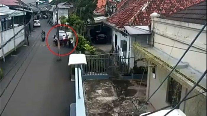 Ini Penjelasan Polisi Soal Video Viral Mobil Tabrak Ibu Hamil Hingga Terjepit di Tiang Listrik