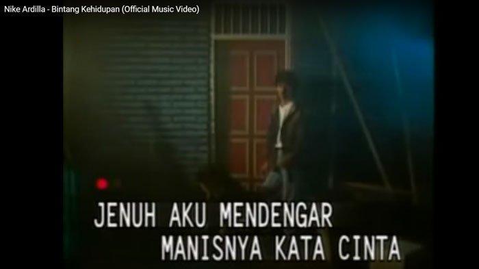 Download (Unduh) Lagu Bintang Kehidupan - Nike Ardilla, Kumpulan Lagu Lawas Populer Sepanjang Masa