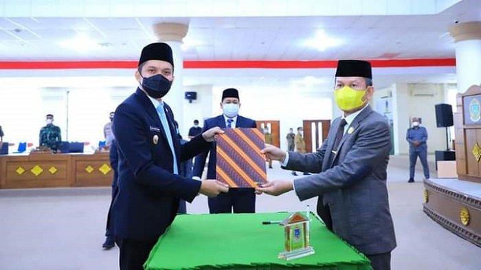 DPRD Ogan Ilir Setujui Empat Rancangan Peraturan Perundang-undangan dari Pemkab Ogan Ilir - dprd-ogan-ilir-setujui-empat-rancangan-peraturan-perundang-undangan-dari-pemkab-ogan-ilir-3.jpg