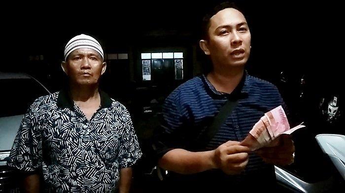 BREAKING NEWS- Tim Panca- Ardani Pergoki Dugaan Politik Uang di Desa Ulak Kembahang Ogan Ilir