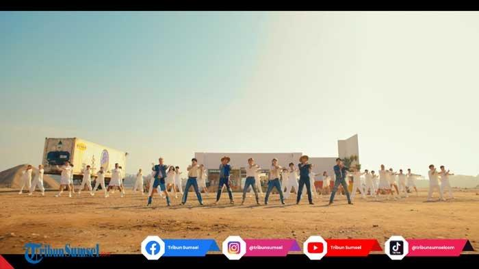 Fakta Unik BTS Dalam Lagu Permission To Dance, Koreografi hingga Adegan lucu Member V yang Diikuti